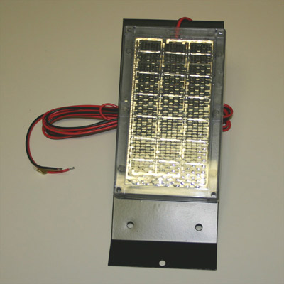 6 Volt Solar Charger w/Box Bracket